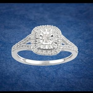 New 1/3ct Diamond Cluster Engagement Ring